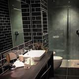 Номер-люкс, суміжна ванна кімната (River View ) - Ванна кімната