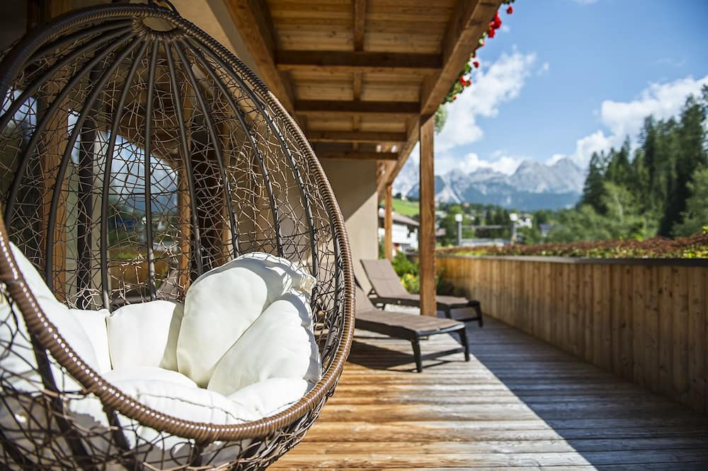 Suite, 2 Bedrooms, Mountain View - Balcony