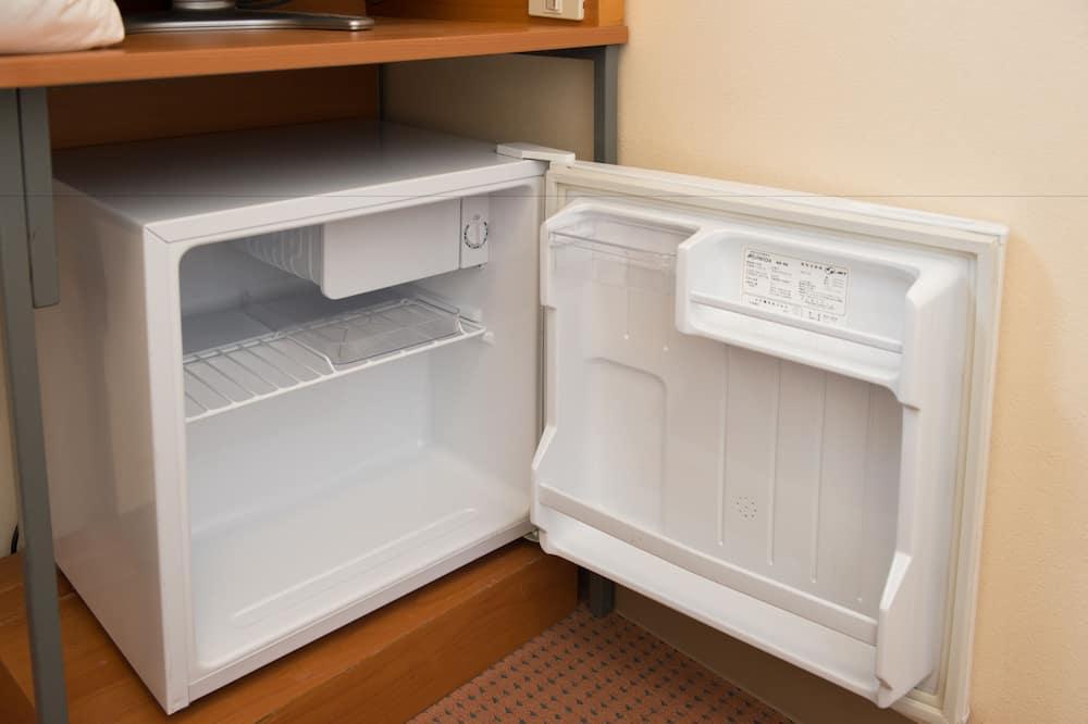 スタンダードダブル + ロフトベッド 喫煙 - 小型冷蔵庫