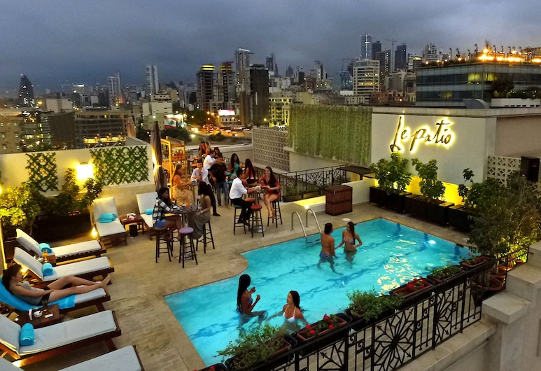 Le Patio Boutique Hotel, Beirut, Pool auf dem Dach