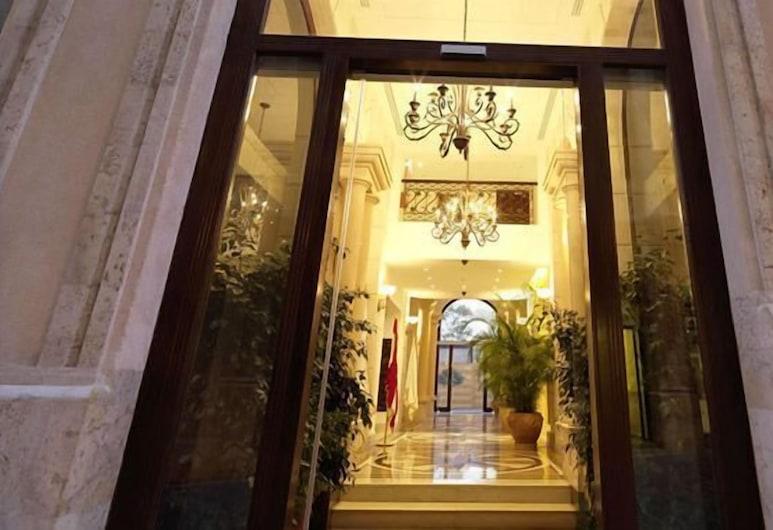 Le Patio Boutique Hotel, Beirut