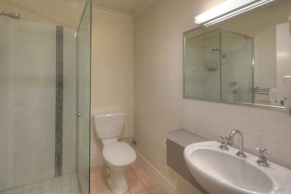 Pokoj typu Executive, nekuřácký, kuchyňský kout (EXECUTIVE ROOM) - Sprcha