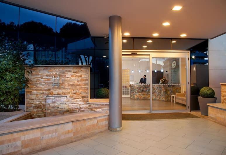 Hotel Artis, Rome, Hotel Entrance