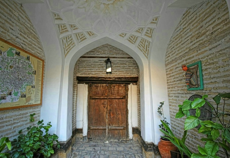 Amulet Hotel, Buhara, Belső bejárat