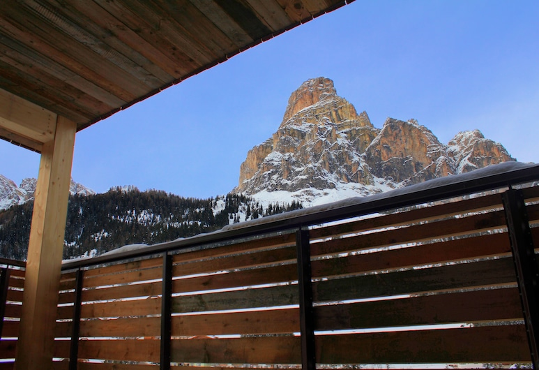 Col Alto, Corvara in Badia, Design Suite (Sassongher), Balcony