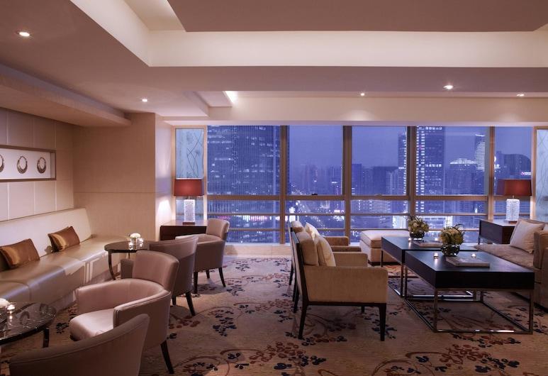 Guangzhou Marriott Hotel Tianhe, Guangzhou, Executive Room, 1 King Bed, Hotel Bar