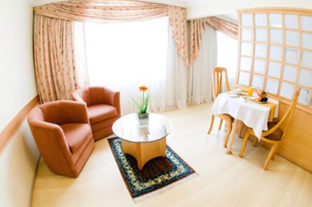 ห้องสวีท (Single) - ห้องนั่งเล่น