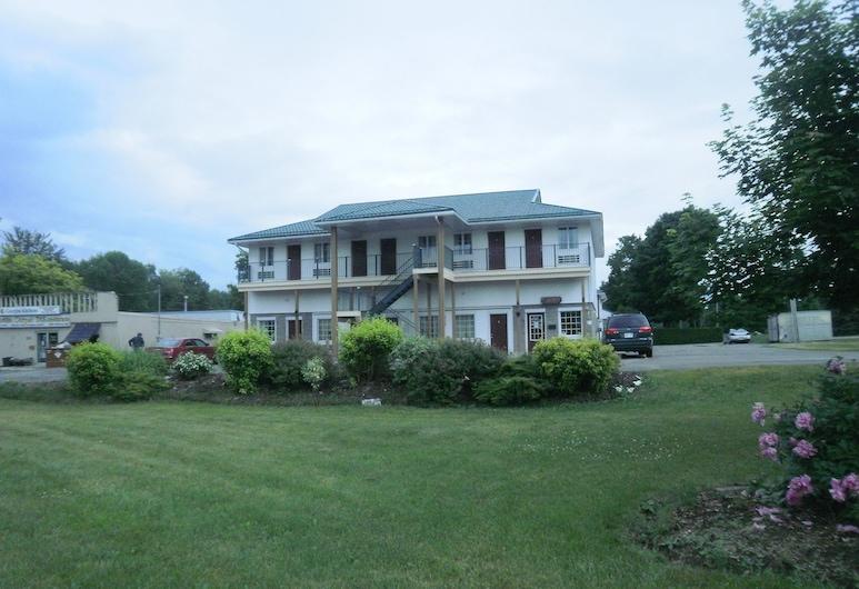 Bayview inn, Orillia