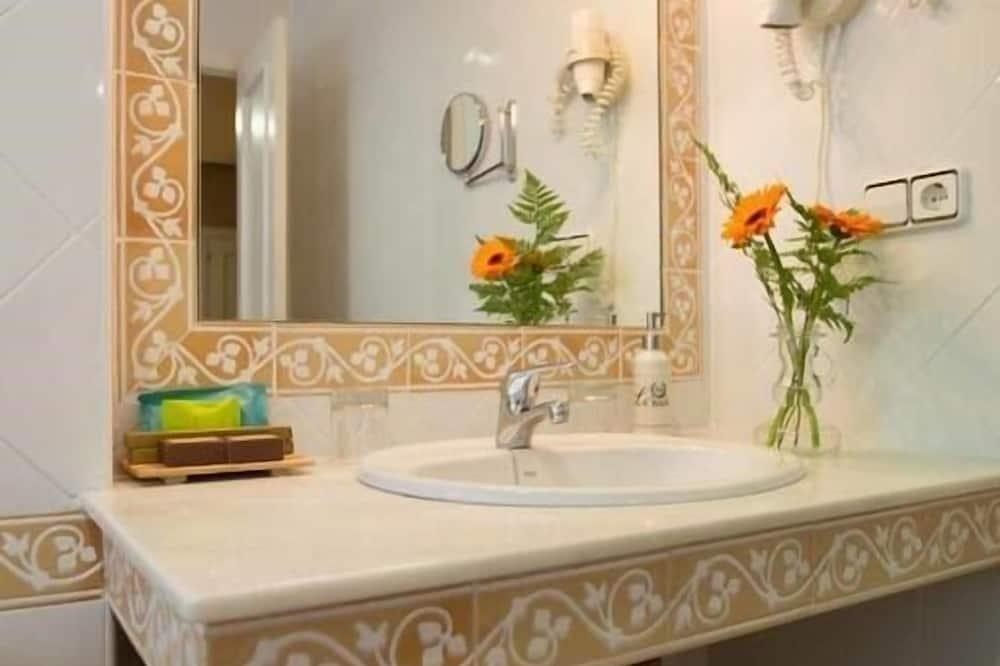 高級雙人房, 獨立浴室 - 浴室