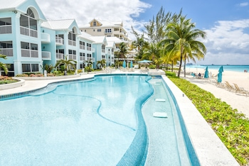 Picture of Coral Stone Club in Seven Mile Beach