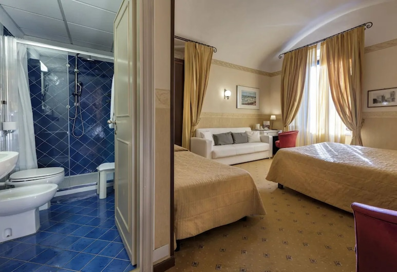 Privilege Hotel, Firenze, Kolmetuba, Vaade toast