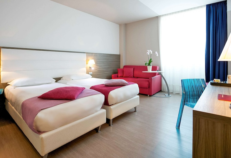 Hotel Mercure Venezia Marghera, Mestre, Zimmer, Mehrere Betten, Zimmer