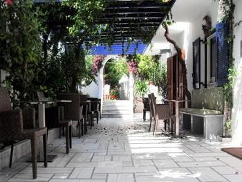 Slika: Hotel Helliniko ‒ Parikija