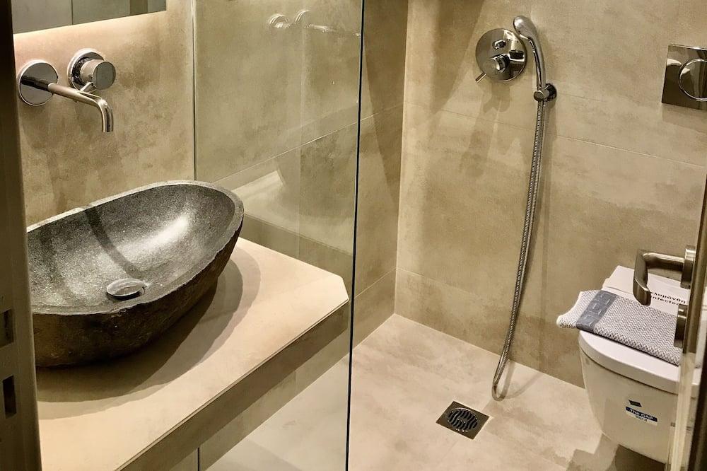Standard Triple Room - Bilik mandi