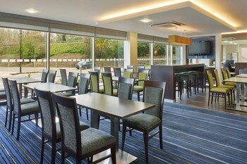 Picture of Holiday Inn Express Cambridge-Duxford M11, Jct.10 in Cambridge
