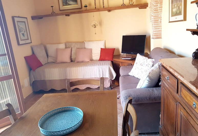 Apartment With one Bedroom in Cascina, With Shared Pool and Wifi - 30 km From the Beach, Cascina