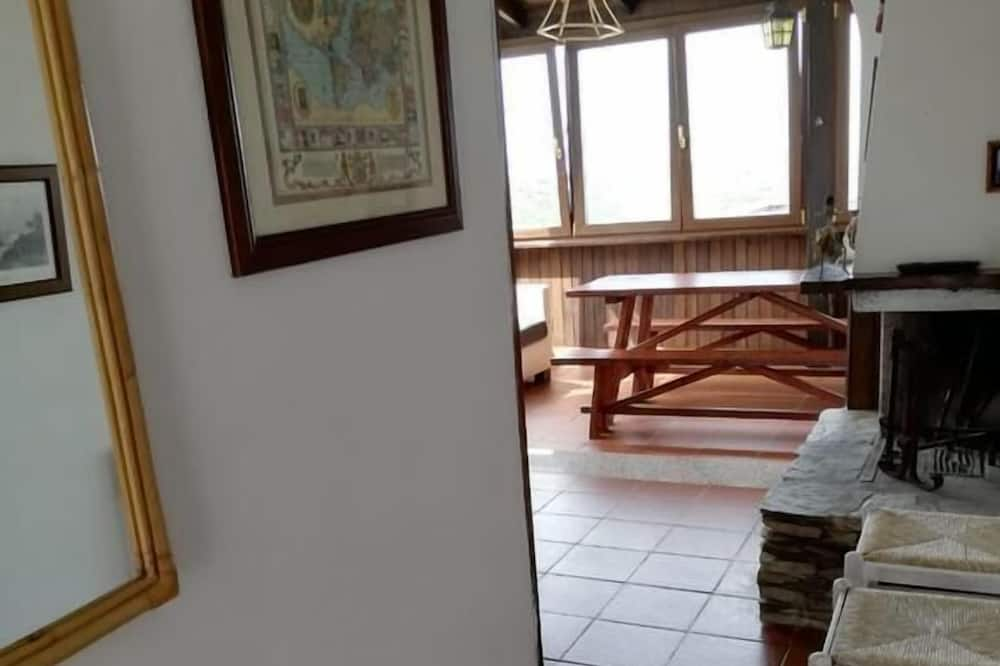Panoramic House, 2 Bedrooms - Living Area