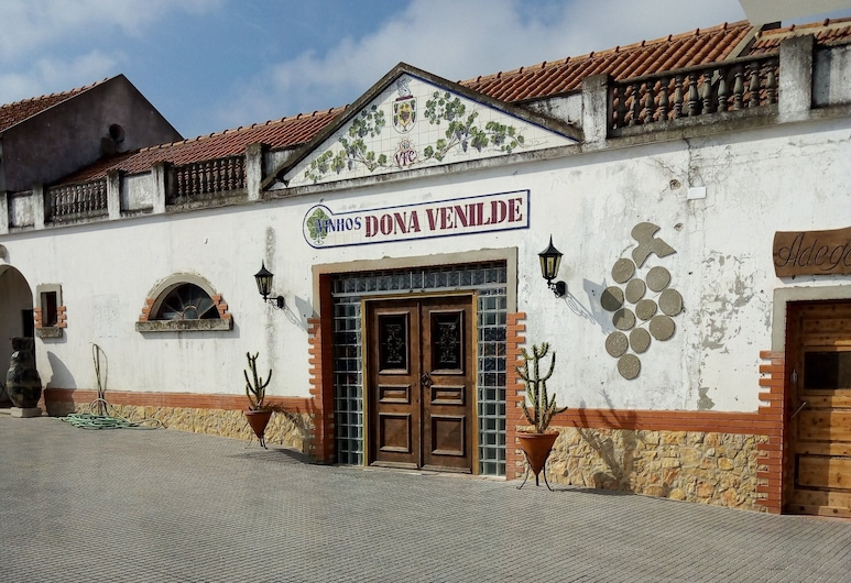 Adega Hostel, Palmela, Vchod do hotela
