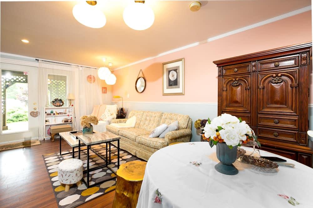 Habitación cuádruple Deluxe - Sala de estar