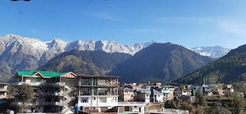 Gambar Hotel Snow Crest Inn di Dharamshala