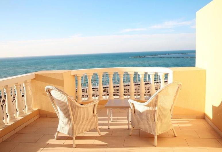Al Hamra Village Holiday Apartments, Ras Al Khaimah, Studio, Sea View, Balcony