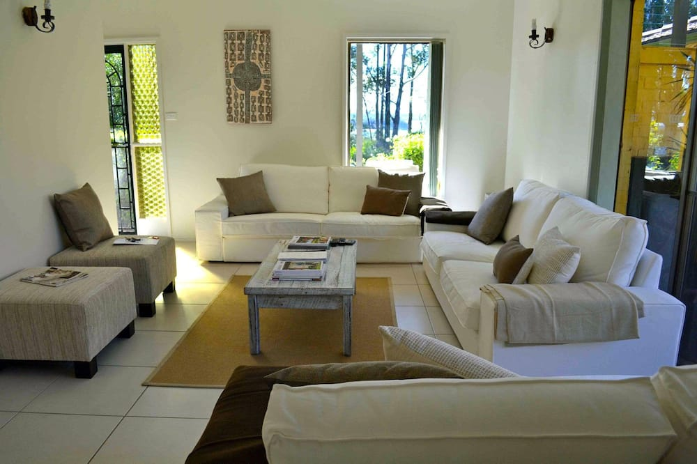 獨棟房屋 (4 Bedrooms) - 客廳