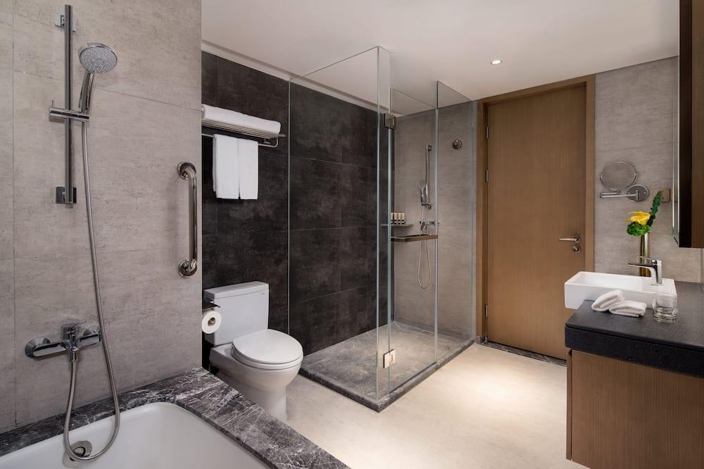 1 Bedroom Executive - Bathroom