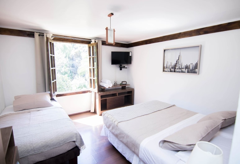 Lucia Agustina Hotel Boutique, Santiago, Triple Room (9), Guest Room