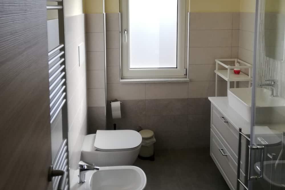 Apartamentai, 2 miegamieji - Vonios kambarys