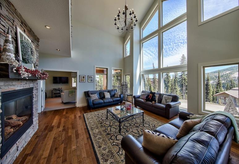 Peaks Retreat + Suite By Bear Country, Sun Peaks, Ferienhaus, 5Schlafzimmer, Wohnzimmer