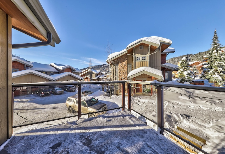 Trappers Landing #23 By Bear Country, Sun Peaks, Townhome, 3 Bedrooms, Reception