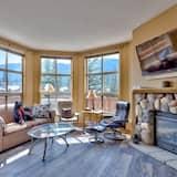Condo, 4 Bedrooms - Living Room