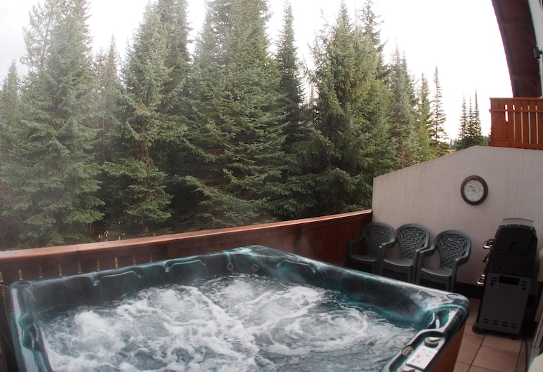 Timberline Village #38 By Bear Country, Sun Peaks, Townhome, 2 Bedrooms, Spa