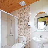 Quadruple Room, Balcony - Bathroom