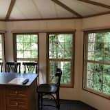 Cabin (C) - Living Area