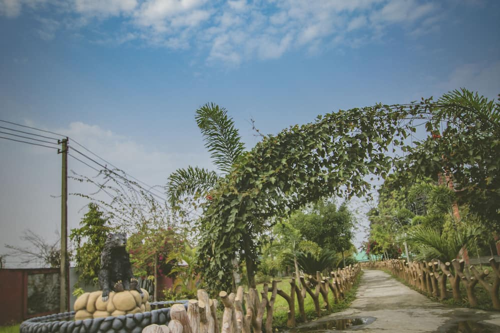 Green Ashiyana Island Resort
