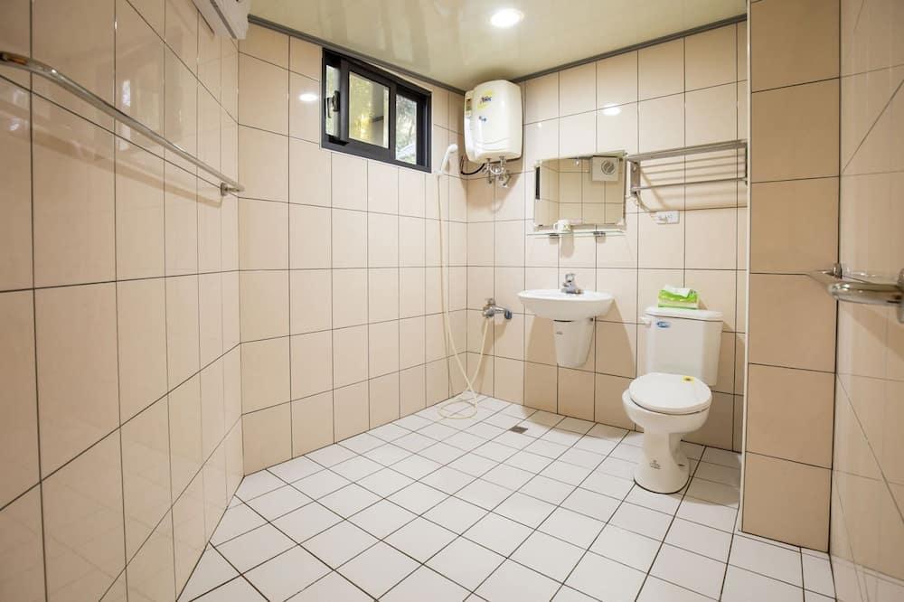 Liukso klasės vasarnamis (2PAX) - Vonios kambarys