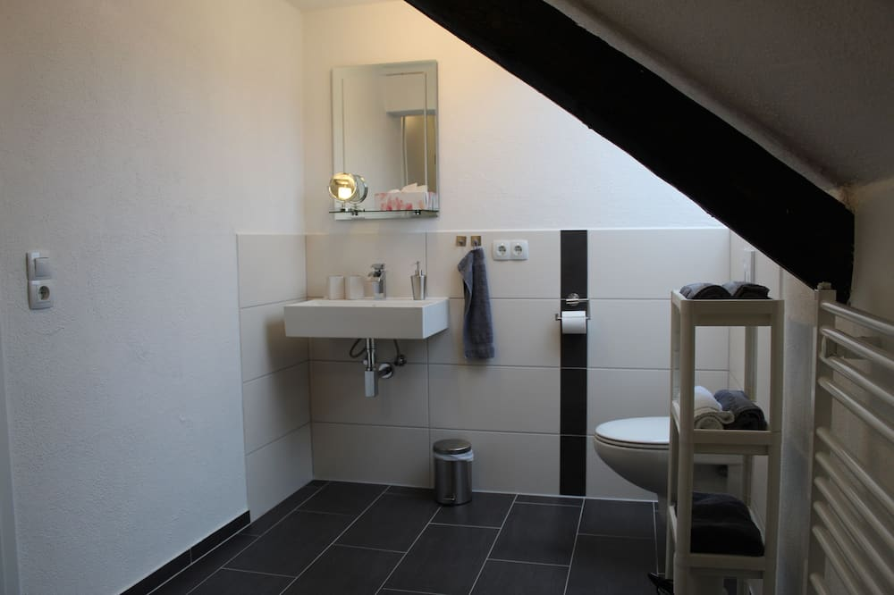 Comfort Room (3 - Shared Kitchen and Lounge) - Bathroom