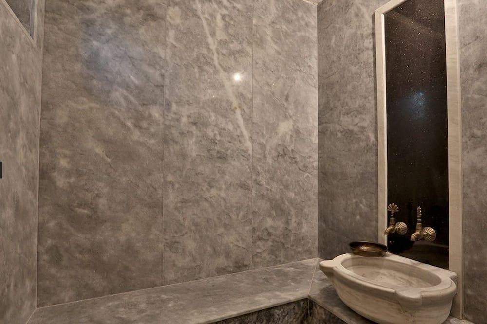Двухместный номер с 1 двуспальной кроватью (Turkish bath) - Ванная комната