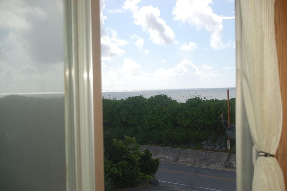 Standardzimmer - Blick vom Balkon