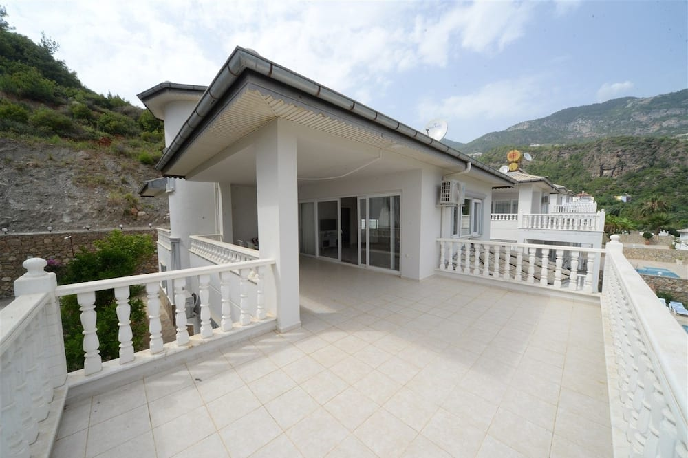 Vila - Balkón
