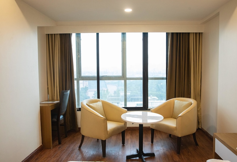 Hotel Grace Galaxy, Mumbai, Royal Room, In-Room Dining