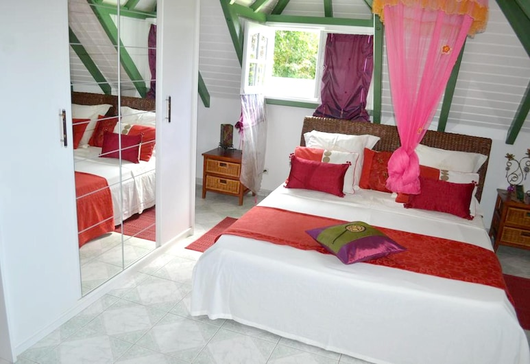 Property With 3 Bedrooms in Deshaies, With Wonderful sea View, Pool Access, Enclosed Garden - 2 km From the Beach, Deshaies, Apartamento, vistas al mar, Habitación