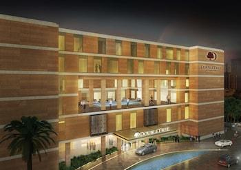 Фото DoubleTree by Hilton Doha - Al Sadd у місті Доха