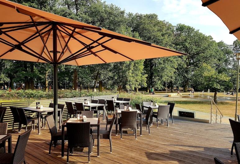 Hotel am Kurpark, Zinnowitz, Taras/patio