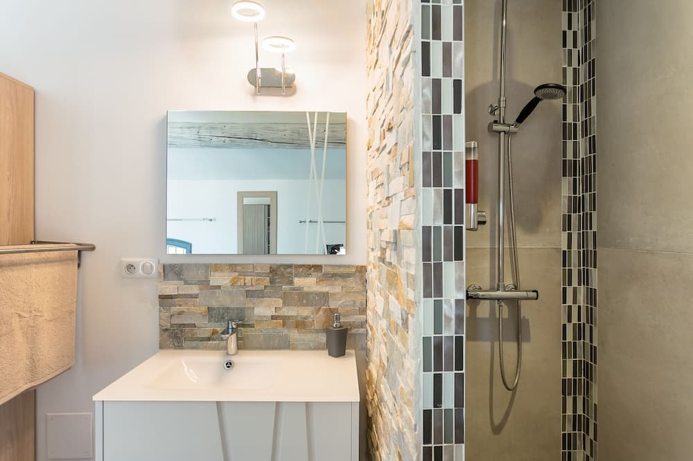 Apartmán typu Exclusive, vlastná kúpeľňa, výhľad na mesto (Nuit Etoilée) - Kúpeľňa