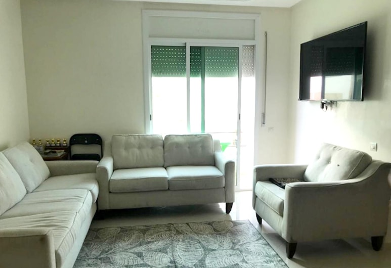Apartment With 2 Bedrooms in Asilah, With Wonderful sea View, Furnished Balcony and Wifi, Asilah, Living Room