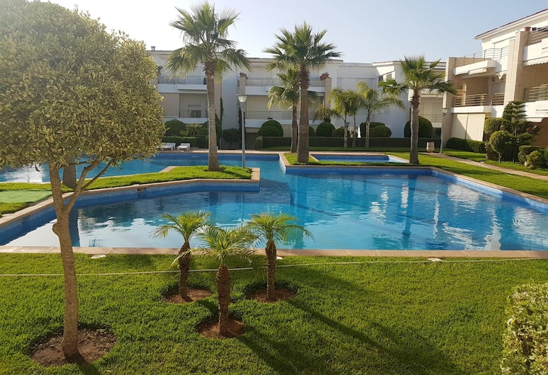 Apartment With 2 Bedrooms in Casablanca, With Shared Pool and Enclosed Garden, Soualem Trifiya, Kolam Renang