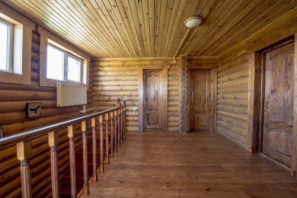 Standard Cottage - Living Area