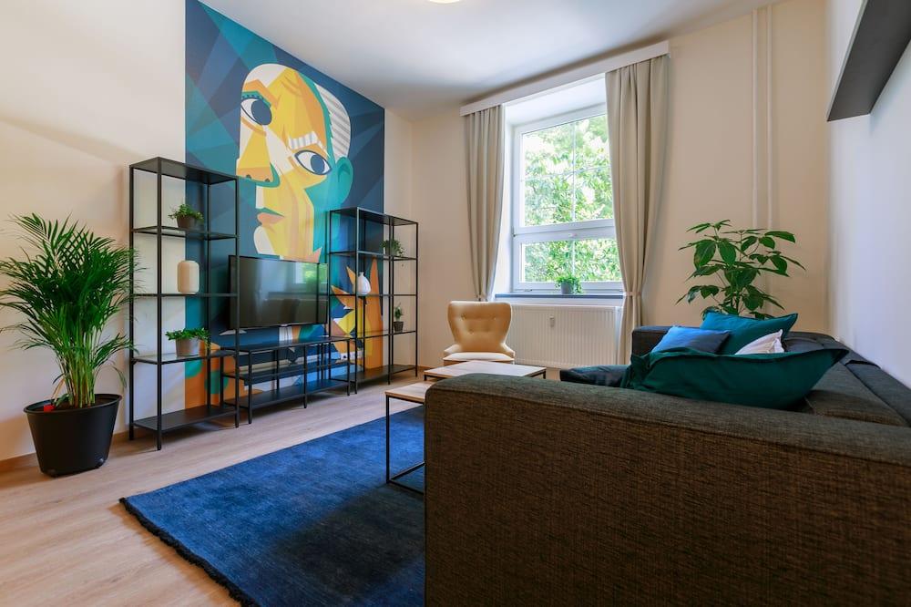 Studio Suite - Children's Theme Room
